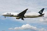 AP-BGJ Boeing 777 Pakistan (14600956178).jpg
