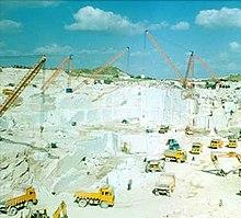 220px-A_marble_factory_in_Kishangarh dans LCR - NPA