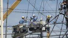 File:Aerial Work Platforms - Japan - 2012.ogv