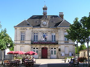 Aigre - Town hall