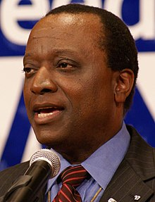 Alan Keyes (21437711915) (cropped).jpg
