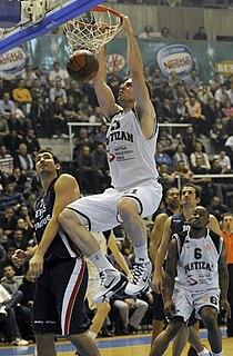 Aleks Marić basketball player