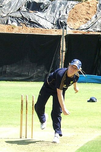 Alex Blackwell - Blackwell bowling in the Adelaide Oval nets.
