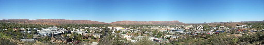 1024px-Alice_Springs_Panorama.jpg