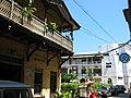 Alley in central Stone Town (zansibar) atamari.jpg