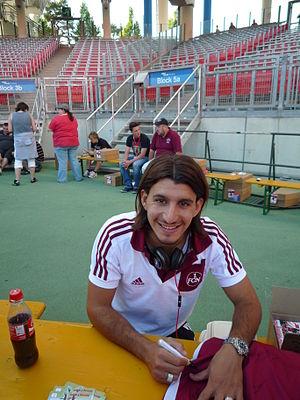 Almog Cohen - Cohen signing autographs for 1. FC Nürnberg fans in 2011