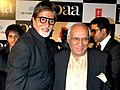 Amitabh Bachchan and Yash Chopra in the premiere of Paa.jpg
