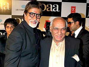 Yash Chopra - Image: Amitabh Bachchan and Yash Chopra in the premiere of Paa
