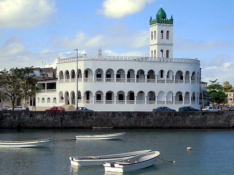Ancienne Mosquee du Vendredi (10886895544).jpg
