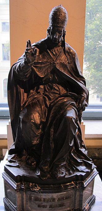 Pope Clement IX - Statue of Clement IX