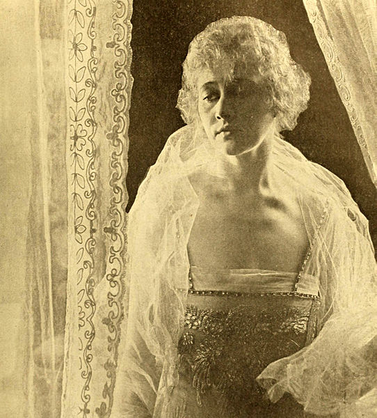 File:Anna Nilsson in Who's Guilty.jpg
