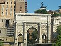 Arc de triomphe, forum antique de Rome.JPG