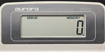 Aurora electronic calculator DT210 09.jpg