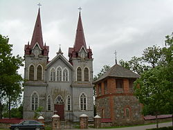 BZN Medingenai church front 1.jpg