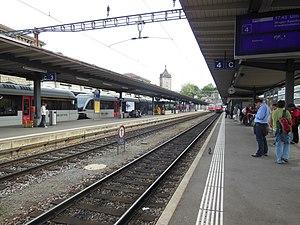 Schaffhausen railway station - Image: Bahnhof Schaffhausen 01