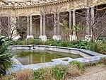 Bassin intérieur, musée du Petit Palais.jpg