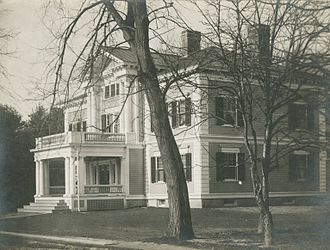 Dartmouth College Greek organizations - Dartmouth Beta House, circa 1920, would later become home to the Tucker Foundation.