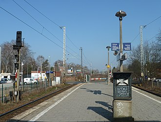 Blankenfelde station - Regional paltform in Blankenfelde, S-Bahn terminus in the background.