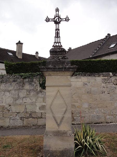 Billy-sur-Aisne (Aisne) calvaire du château