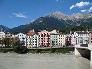 Blick auf Innsbruck-Mariahilf und Innbruecke