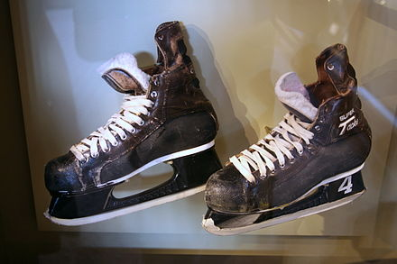 Skates used by Orr during the 1970 Stanley Cup Finals, at the Orr exhibit of the Hockey Hall of Fame. Orr was inducted into the Hall in 1979. Bobby Orr Skates 1970.jpg