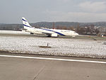 Boeing 737.El Al. Zurich Airport (15797104424).jpg