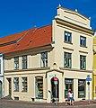 Bohrstrasse 1 in Wismar Altstadt (cropped).jpg