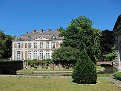 Bondues chateau vert bois 2.JPG