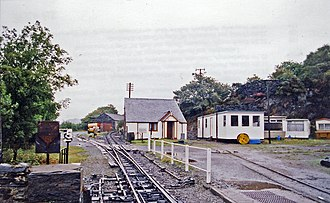Boston Lodge Halt railway station - Image: Boston Lodge Ffestiniog Railway geograph 3268390 by Ben Brooksbank