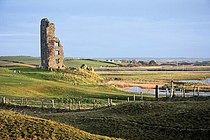 Bough Castle, Lahinch - geograph.org.uk - 1083077.jpg