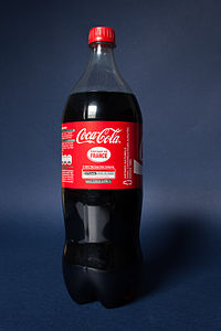 Bouteille de Coca-Cola d'un litre cinq 004.jpg
