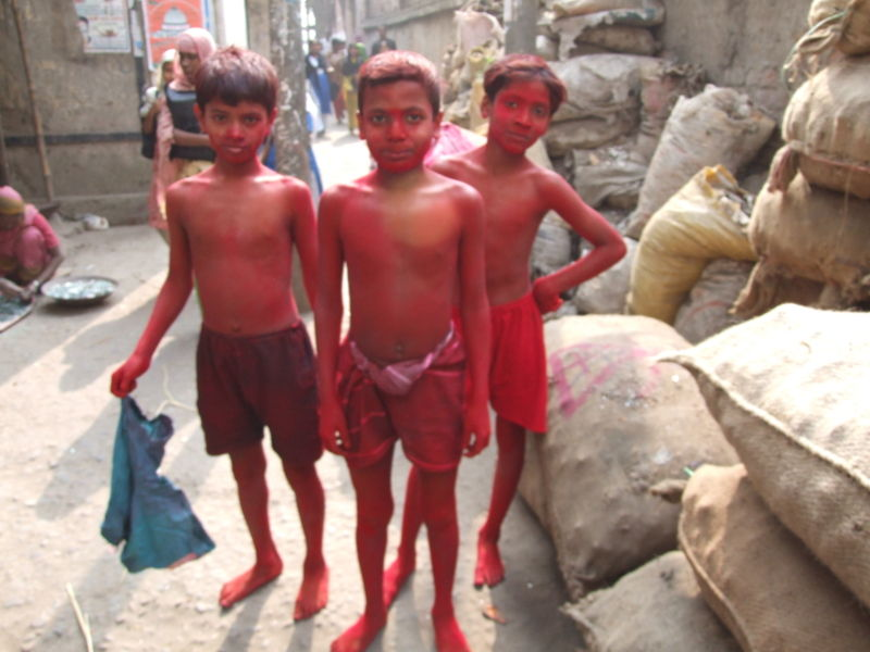 800px-Boys_in_red