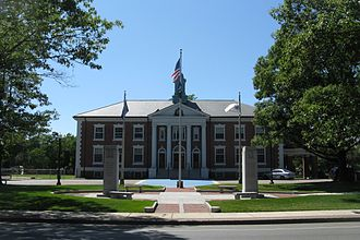 Braintree, Massachusetts - The Braintree Town Hall in 2009