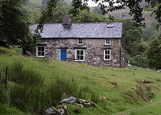 Bron-Yr-Aur grade II listed cottage in the United kingdom
