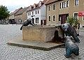 Brunnen Bärenmutter (Ballenstedt) Anhaltiner Platz.jpg