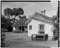 CLOSER VIEW - Marjorie Kinnan Rawlings House, State Route 325 Vicinity, Cross Creek, Alachua County, FL HABS FLA,1-CROCR,1-4.tif