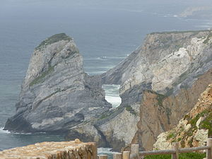 Cabo da Roca - The granite boulders and sea cliffs along the coast