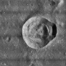 卡雷尔陨石坑