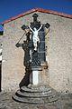Castanet-le-Haut croix eglise.JPG