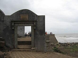 Bandstand Promenade - Image: Castella de Aguada 3