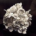 Centro de flores (Porcelana Buen Retiro, MAN 1982-85-5) 01.jpg