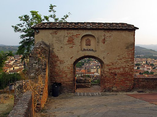 Certaldo Alta, Via del Rivellino, Porta del Rivellino