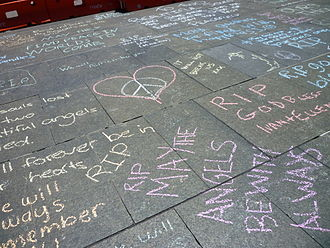 Man Haron Monis - Messages chalked on Martin Place after the event
