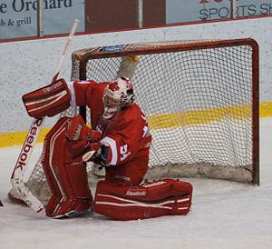 McGill Martlets ice hockey - Charline Labonté play also for Canada women's national ice hockey team