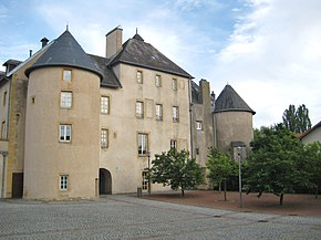 Chateau fabert Moulins.JPG