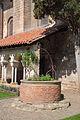 Cloître Saint-Salvi puits 2.JPG