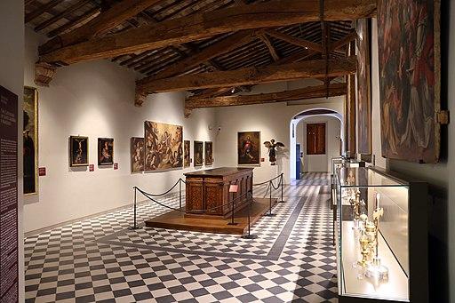 Colle val d'elsa, Museo San Pietro, sale del Museo Diocesano