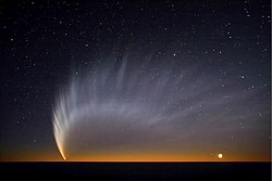 Comet McNaught at Paranal.jpg