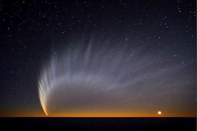 Comet C/2006 P1 McNaught (Aufnahme ESO Paranal-Observatorium)