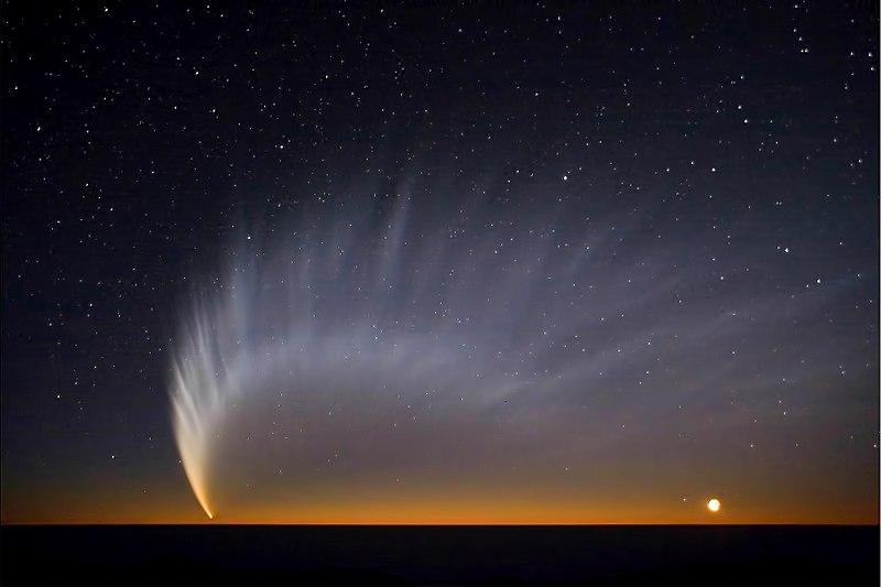 Комета Макнота